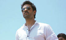 Harman Baweja is the gangster | Dishkiyaoon